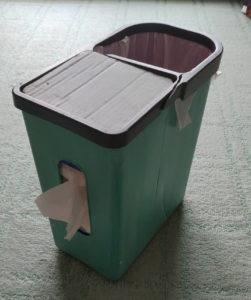 ティッシュ一体型ゴミ箱